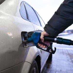 В Україні може істотно зменшитися ціна на бензин - експерт