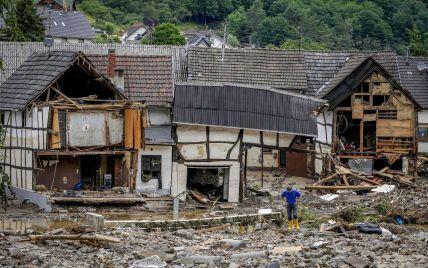 Число погибших в результате мощного наводнения в Европе превысило шесть десятков: что известно