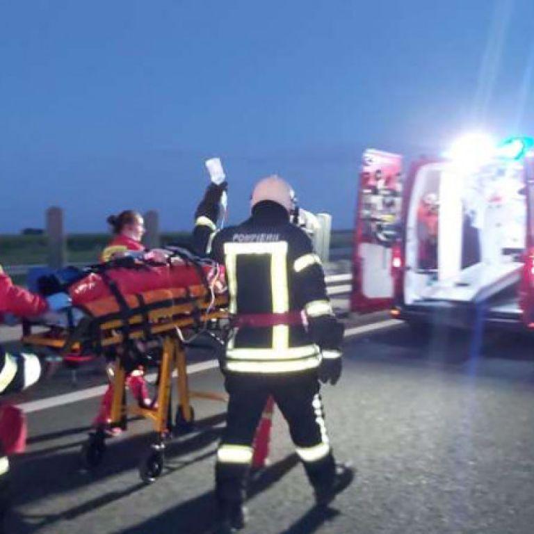 На румуно-угорському кордоні розбився автобус з українцями: багато постраждалих, є загиблий (фото, відео)