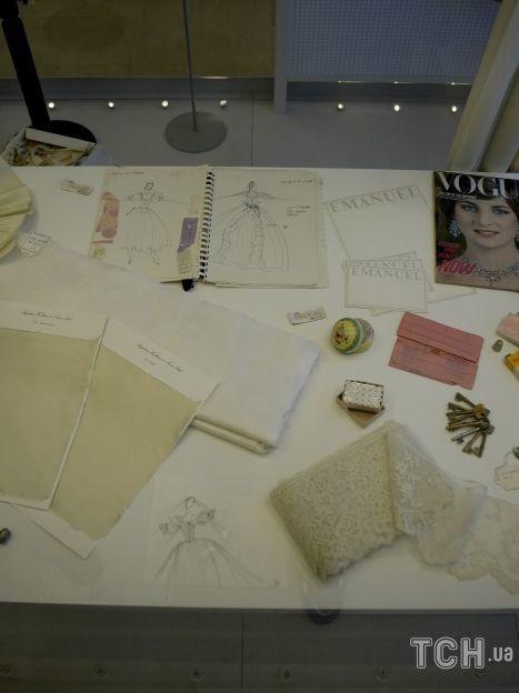 Подготовка создания свадебного платья для принцессы Дианы / © Associated Press