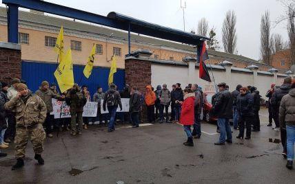 """""""Правый сектор"""" позволит беркутовцам выехать из СИЗО на допрос Януковича"""