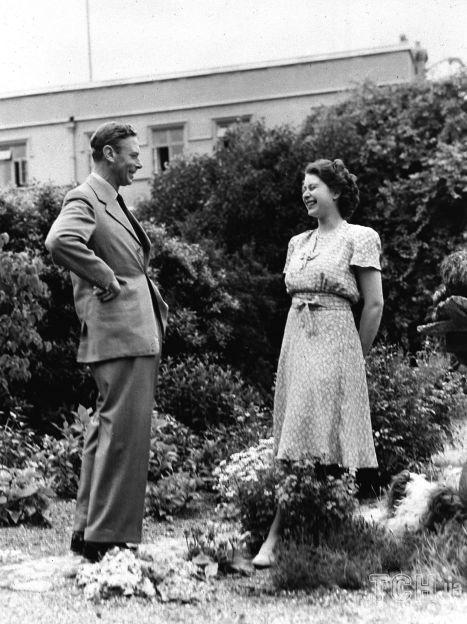 Король Георг VI и его дочь принцесса Елизавета / © Associated Press