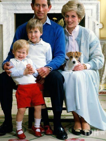 Принцесса Диана и принц Чарльз с детьми / © Getty Images
