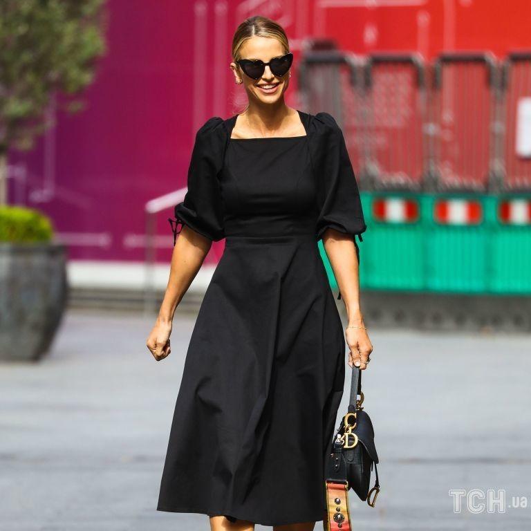 У леопардових човниках з сумкою Dior: Вог Вільямс сфотографували в Лондоні