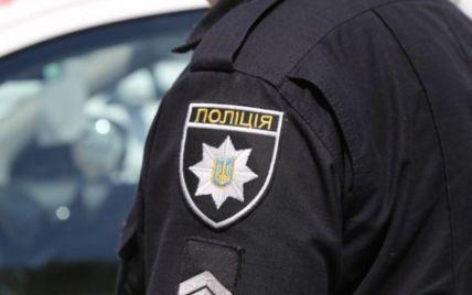 Наехал на бетонные блоки и влетел в дерево: во Львовской области разбился насмерть 39-летний водитель