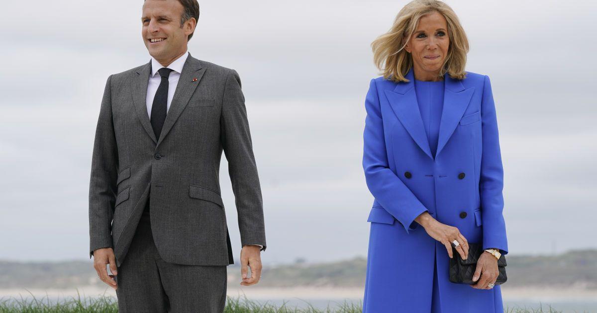 Эммануэль Макрона с женой Бриджит / © Associated Press