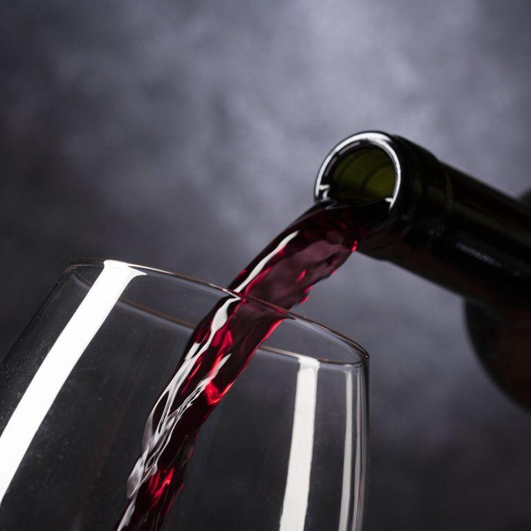 Як алкоголь може подовжити життя - дослідження
