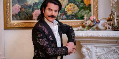 Романс, цветы и кролик в сметане: Павел Зибров рассказал, как будет поздравлять жену с Днем Валентина