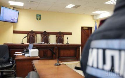 Посол США требует завершить люстрацию коррумпированных судей