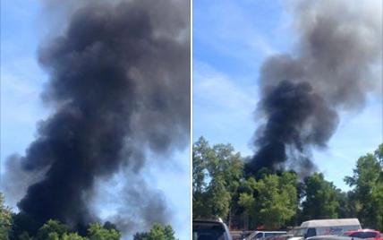На Трухановом острове произошел пожар, в небо поднимается черный столб дыма