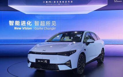 Китайці представили стильного конкурента для Tesla, але значно дешевше