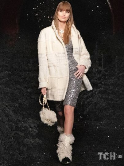 Колекція Chanel прет-а-порте сезону осінь-зима 2021-2022 / © East News