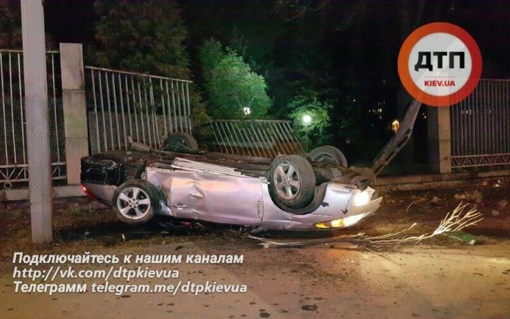 В результате аварии погибла пассажирка / © dtp.kiev.ua