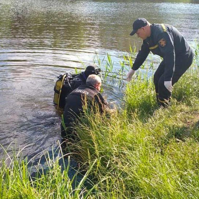 В Киеве в озере утонул парень