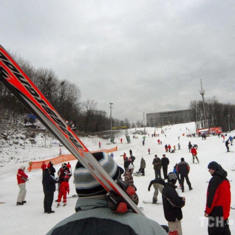 Де можна покататися на лижах, якщо не в Карпатах: готелі, траси, підіймачі і інші зручності