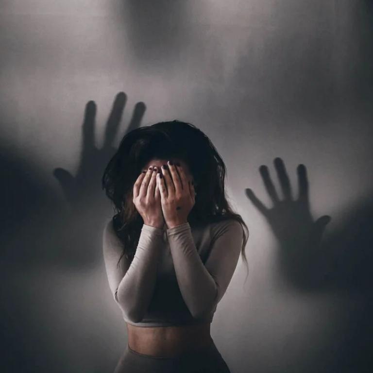 Панічна атака: чому виникає та як з нею впоратися