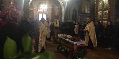 Телеведучого Олеся Терещенка відспівали у Свято-Троїцькому соборі Іонинського монастиря