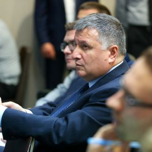 Зеленський пояснив, чому Авакова не відправляють у відставку