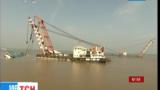 Китайские спасатели подняли паром «Восточная звезда», который затонул на реке Янцзы