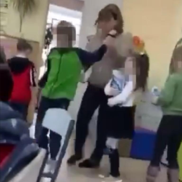 Побиття дитини з аутизмом у київській школі: вчительку та асистентку планують звільнити