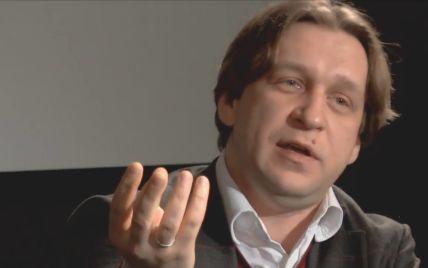 А почему Украина до сих пор не ввела экономических санкций против России?