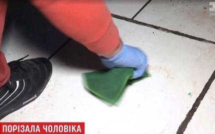 Криваве 8 березня: у Києві дружина почикрижила чоловіка ножем
