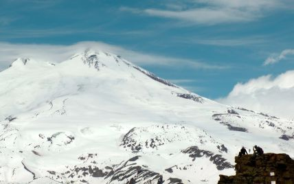 Число погибших на Эльбрусе альпинистов возросло до пяти