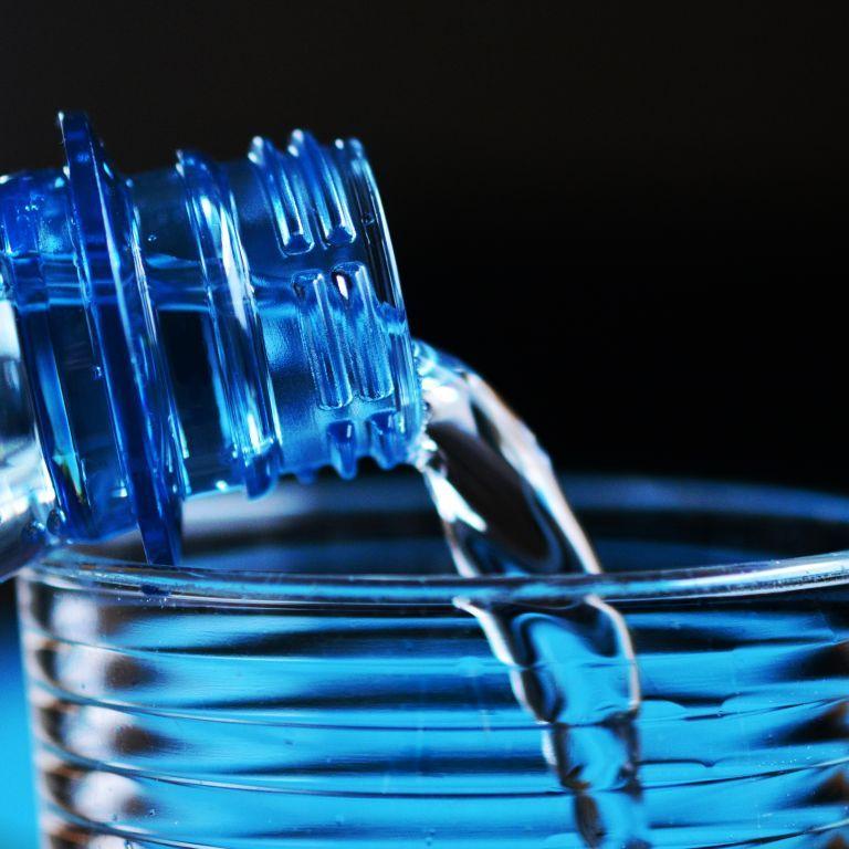 Газована вода може пошкодити пам'ять та зменшити мозок - науковці