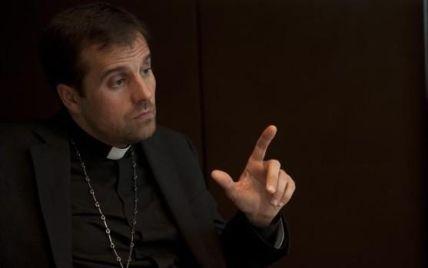 Скандальний роман: що відомо про подальшу долю наймолодшого єпископа Іспанії, який зрікся сану через жінку