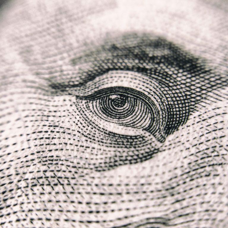 Каким будет курс доллара после Нового года: прогнозы экспертов