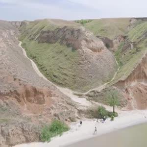 Украинский Гранд Каньон: как устроить активный отпуск на Станиславских скалах на Херсонщине