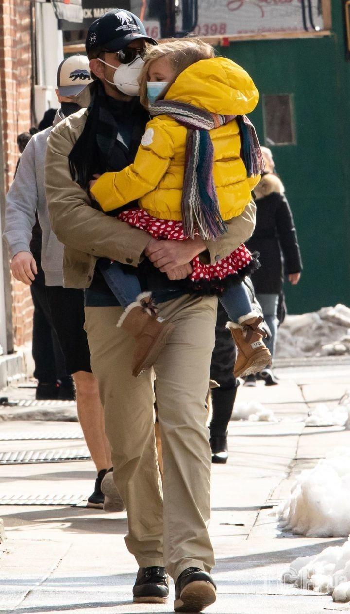 Брэдли Купер с дочерью / © Getty Images