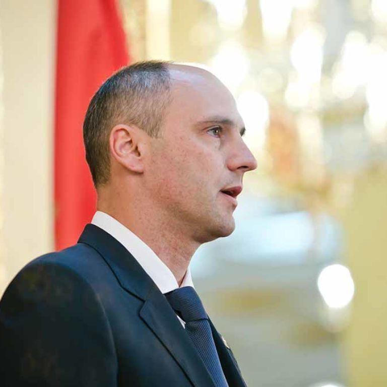 Конфуз перед ветеранами: оренбурзький губернатор побажав росіянам війни