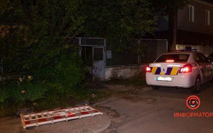 Ворвался в чужой дом и вытащил за волосы: в Днепре мужчина на глазах у детей убил сожительницу