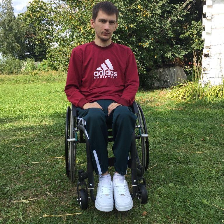 Юрій просить допомоги на своє лікування