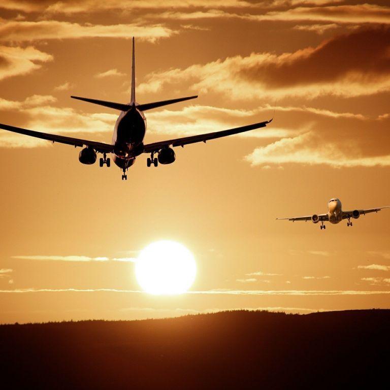 Україна закрила небо для білоруських літаків