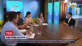 Новини України: в ексклюзивному інтерв'ю Зеленський розповів, що обговорював із Меркель