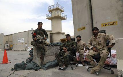 На тлі виведення військ США в Афганістані заявили про критичну військову ситуацію