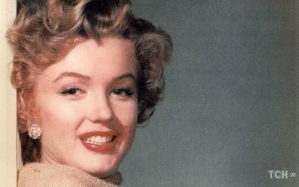 Хороша даже в мешке из-под картошки: малоизвестная фотосессия Мэрилин Монро, которая вас удивит