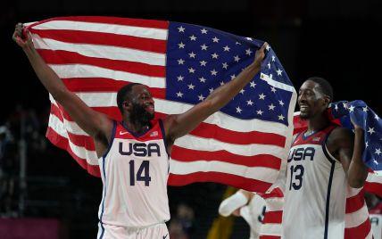 """Реванш за поражение в группе: сборная США по баскетболу в четвертый раз подряд выиграла """"золото"""" Олимпиады"""