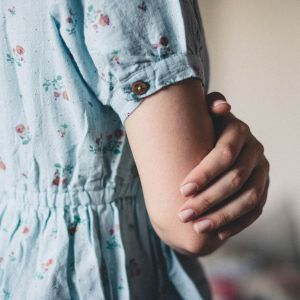 15-летнего жителя Полтавщины подозревают в изнасиловании 17-летней девушки, тело которой нашли на дороге