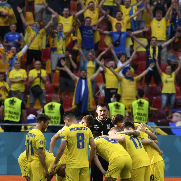 Збірна України вперше в історії вийшла до плейоф Чемпіонату Європи: допомогли шведи й іспанці