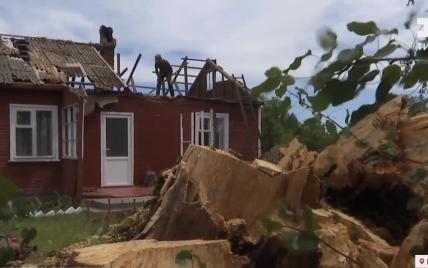 Справжній апокаліпсис: як у Рівненській області оговтуються від наслідків потужного буревію