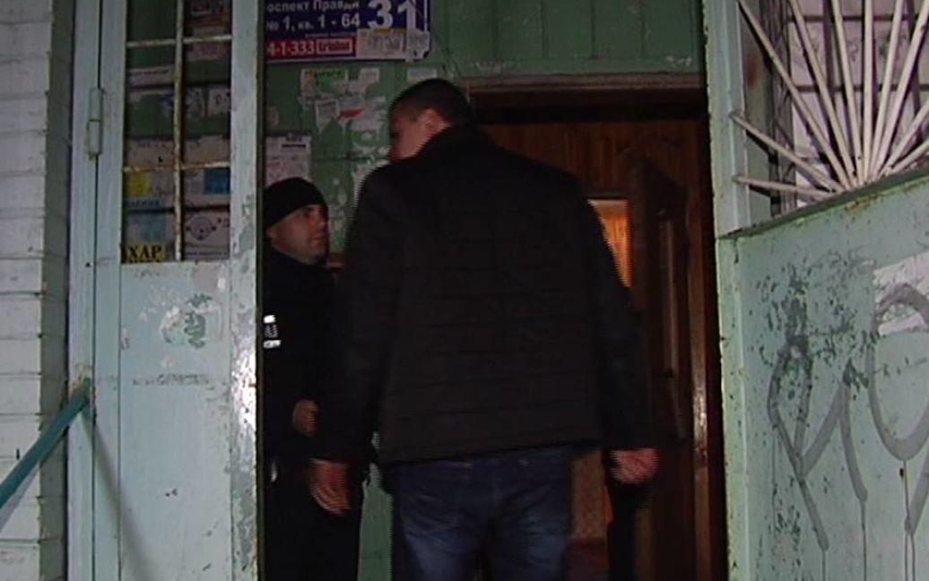 На месте вбиства Калашникова произошло ограбление / © vn.cominformua.com