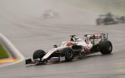 """В """"Формуле-1"""" состоялась самая короткая гонка в истории: длилась всего три круга из 44 запланированных"""