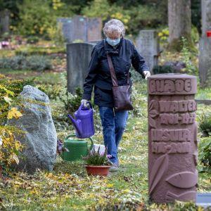Німеччина другий день поспіль фіксує рекордну кількість заражень коронавірусом