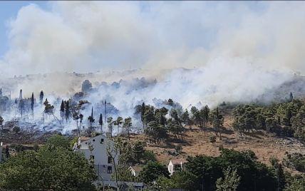 У Чорногорії спалахнули лісові пожежі: вогонь наближається до столиці