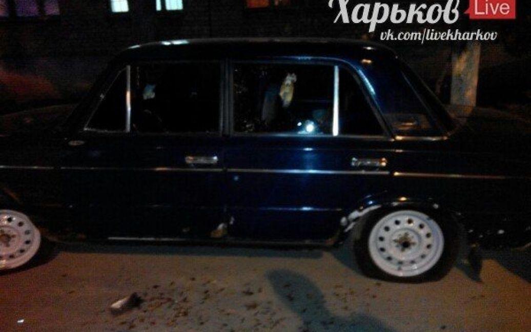 Машина, которая пострадала от нападавших. / © ВКонтакте/Харьков live