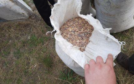 Янтарные обыски: у молодого человека в Ровенской области изъяли почти 140 килограммов камней