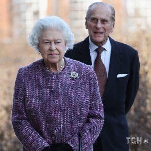73-та річниця весілля: опубліковано новий портретний знімок королеви Єлизавети II і принца Філіпа
